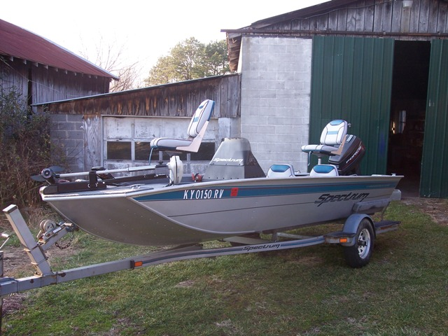 1995 Spectrum 17' Alum  Boat For Sale